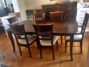 Solid Wood - Modern - Dining Table/8 Chairs/Buffet - Table Bois