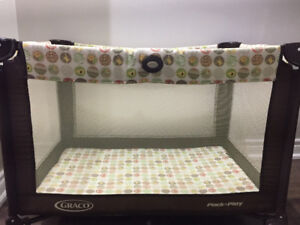 Pack n play Graco + Mattress