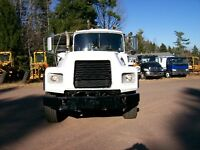 2000 Mack Roll-off Trucks for Sale