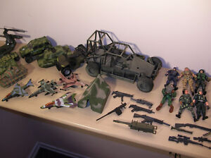 Army Toys Lot Mix Gatineau Ottawa / Gatineau Area image 5