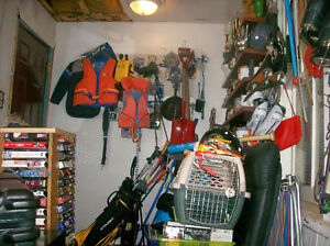3 SQUARE MOUGHT STEEL SHOVELS,PULLEYS,GOLFCLUBS,EXT