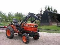 Kubota Diesel 4wd B7200 Loader Tractor