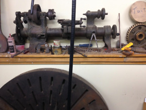 Vintage Drummond round-bed Lathe - very nifty