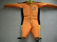 Barefoot wetsuits Ski Warm and Casad