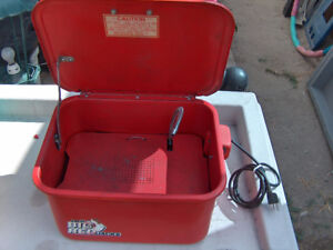 BIG RED PARTS CLEANER