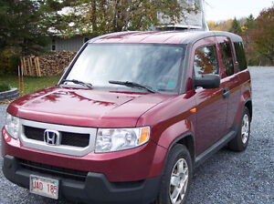 2010 Honda Element Minivan, Van
