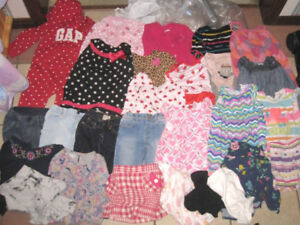 Lot of 18-24 months Baby Girl Clothes in good condition