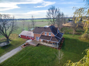 Updated Century Home on Nearly 3 Acres-4295 Horseshoe Valley Rd.