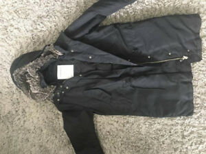 Aritzia COMMUNITY parka. $350 value, hardly worn.