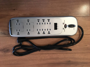 10 outlet office or home theatre surge protector