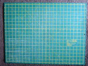 Easy Sew Double Sided Cutting Mat - Craft Scrap booking etc