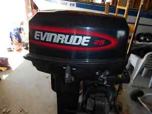 Looking for old 25 hp or 30 hp evinrude Mercury or Yamaha