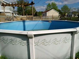Above ground swimming pool 18 feet, with pump and steps $180