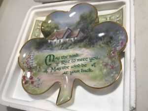 FRANKLIN MINT COLLECTIBLE IRISH SHAMROCK DISPLAY PLATE