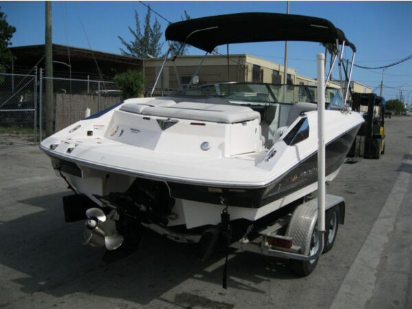 Used 2007 Regal Marine 2200