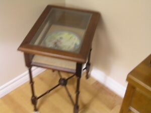 End Table, Small Table with removable glass top.