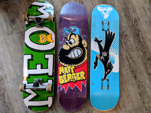 8.0 Complete Skateboard (with spare decks)