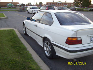 Agreable BMW 318 IS 1994