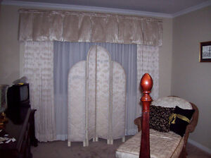 FURNITURE  FOLDING SCREEN REVERSIBLE