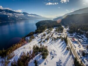 3.3 Acres Minutes South of Kaslo BC!