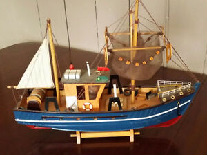 "Hand made wooden ship trawler - built in the 1950's 18 "" ship"
