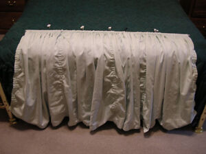 Pale/pastel green adjustable fabric curtain with rod &brackets