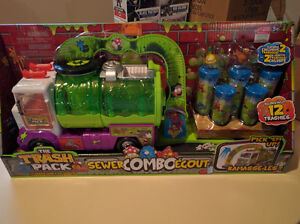 Grand inventaire de jouets Transformers, Monster high, Lego....