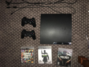 ps3 + 2 controllers + GTA 5 + MW2 + Black Ops