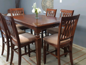 Bar hight table+6 chairs & Hutch