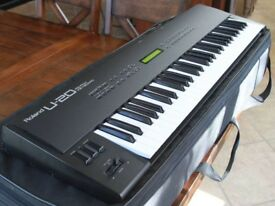 Roland U-20 Synthesizer