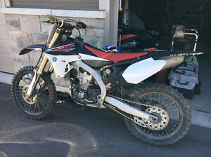 Yamaha Yzf 450 2011 injection en très bonne condition!