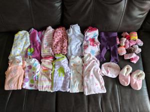 Lot de linge fille new born + 0-3 mois (2)