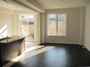 Brandnew Town house in Ancaster Available now