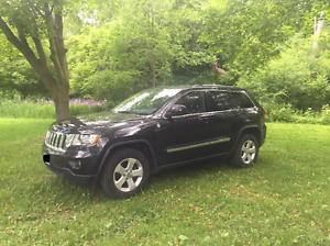 2011 Jeep Grand Cherokee Fully Loaded,TRAIL RATED, LOW KM
