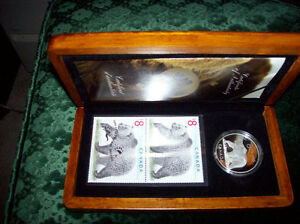 Grizzy Bear Collector's Coin & Stamp