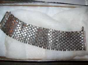Antique mesh metal