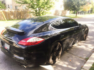 2011 Porsche Panamera 4s Fully loaded, AWD, NAVI
