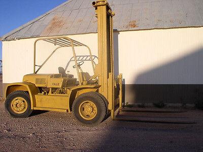 20000 Lb. Yale Forklift Pneumatic Tires V-8 Gaspropane Engine