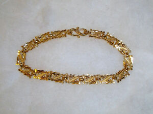 Beautiful Handcrafted 22 KT Yellow Gold Bracelet