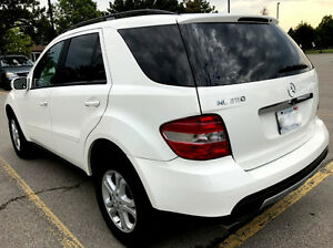 Mercedes-Benz ML350 NAVI,POWER TRUNK,, SAFETY and Emission