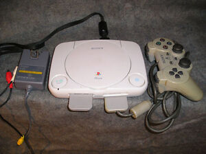 PS1 PSOne Mini (SCPH-101) System + memory 2 controllers game
