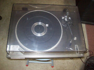 KENWOOD KD-3070 TURNTABLE