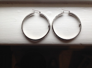 Large Silver-coloured Earring