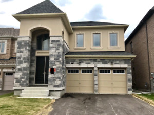 aurora new detached house 4room/double garage to lease