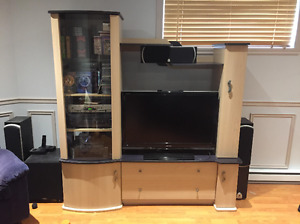 Meuble audio-vidéo et tables de salon