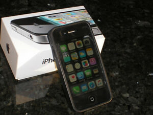 IPHONE 4S (Black) 16GB $85