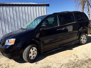 2010 Dodge Caravan SE Wheelchair Accessible Van