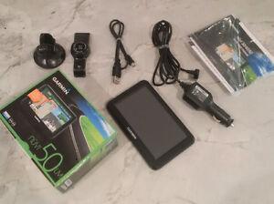GARMIN NUVI 50LM GPS (Free Lifetime Upgrades!) - LIKE NEW IN BOX
