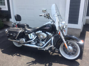 2007 Harley Heritage Softail Classic... THE BEST ONE OUT THERE!
