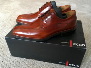 ECCO.  MEN'S   DRESS  SHOES